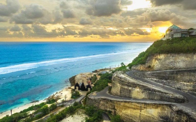 Melasti Beach Bali - Bali's Best Beaches | Bali Buddies