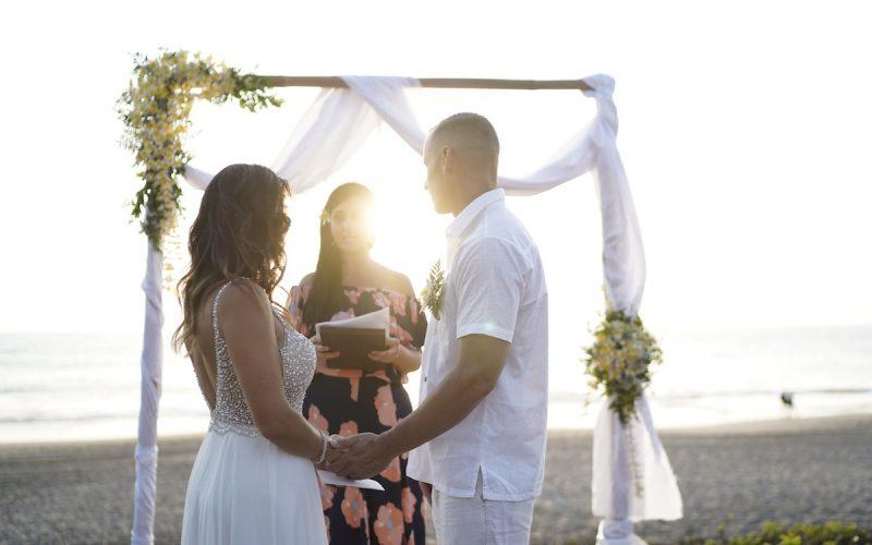 20th-Wedding-Anniversary-Vow-Renewal-in-Bali-800x500