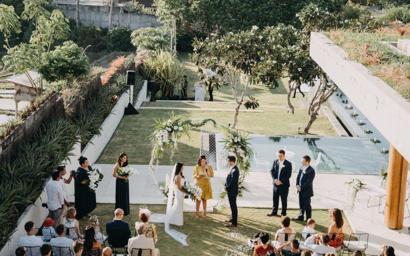 Wedding-Celebrant-in-Bali-Karlie-Cummins-Bali-Buddies-800x500