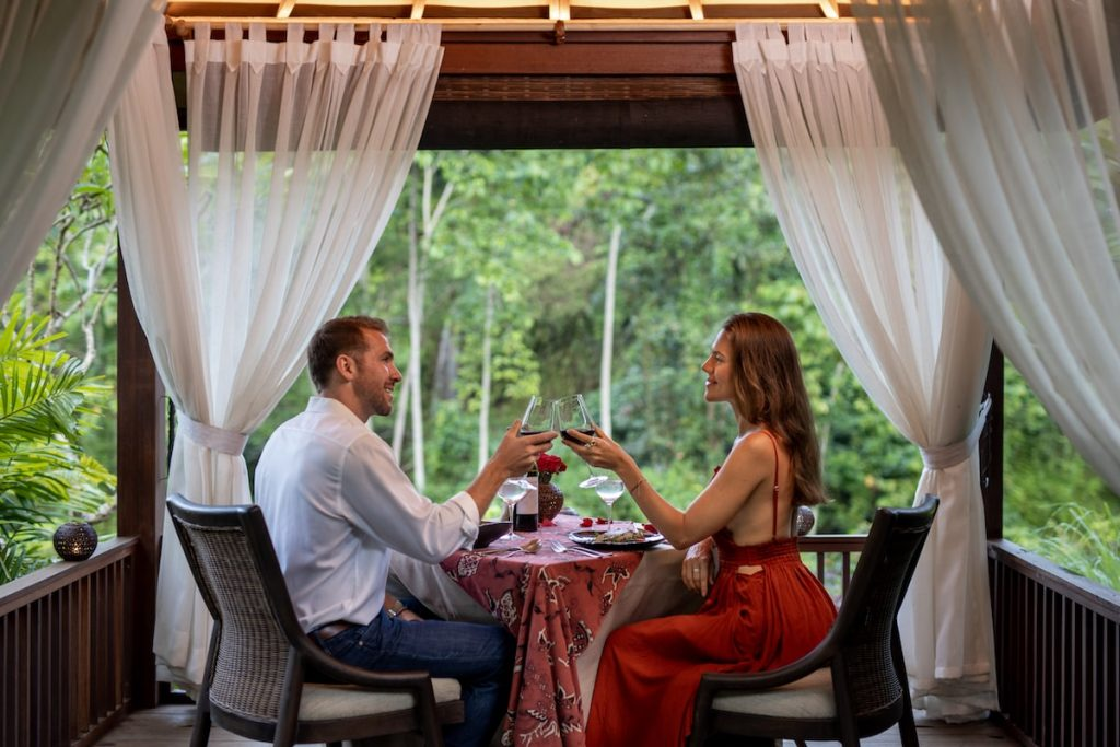 Romantic dinner Bali - Romantic dining experience at The Westin Ubud