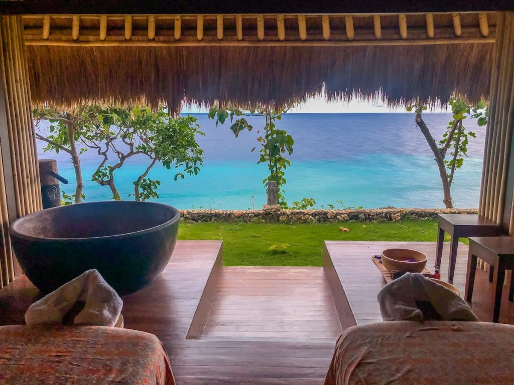 Amazing ocean view from Lelewatu spa