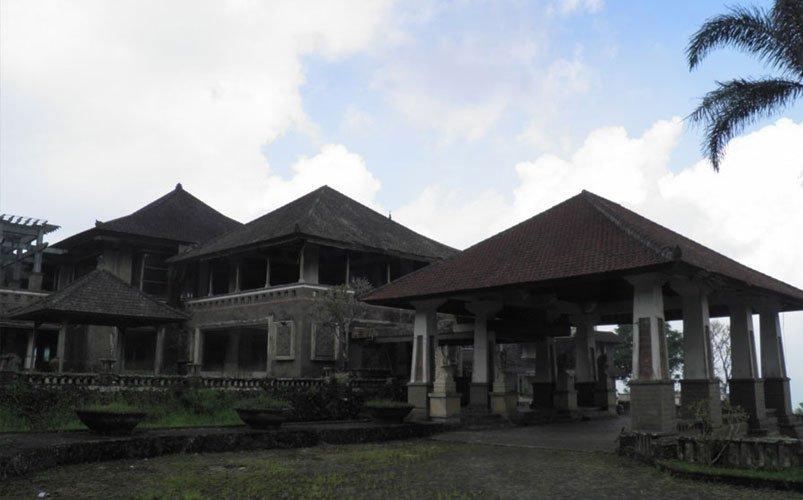 Abandoned Haunted Hotel in Bali | Bali's Best Haunted Places | Abandoned Places in Bali