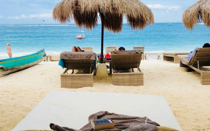 Lembongan-Beach-Daybed-800x500