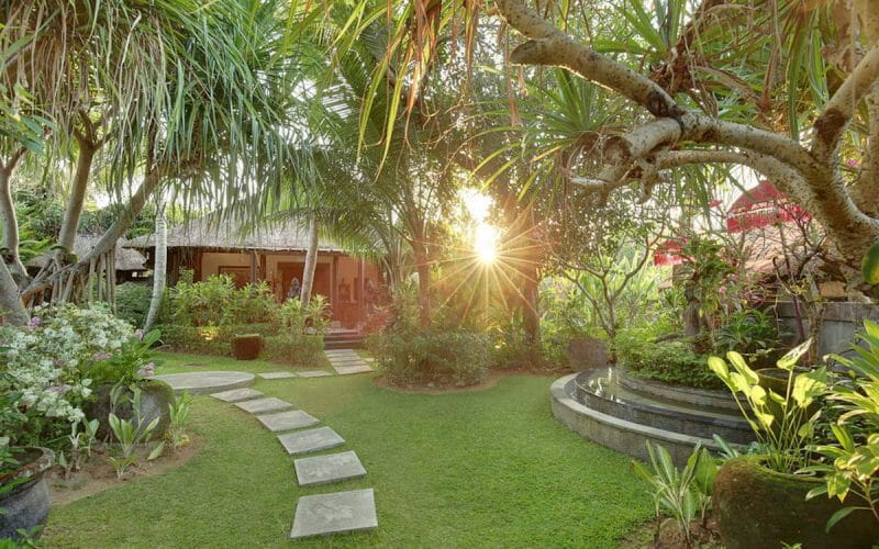 Sukhavati-Retreat-Bali-Grounds-800x500