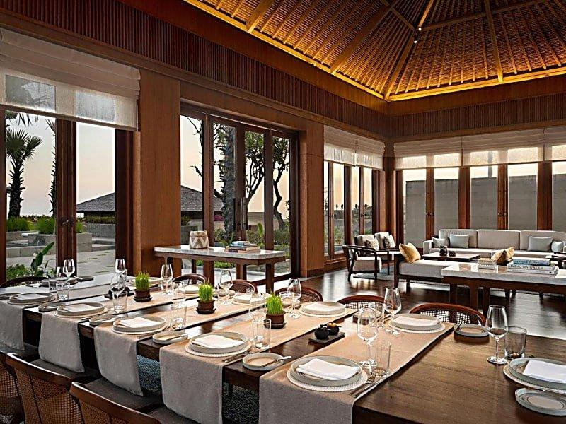 Dining facility at Six Senses Uluwatu