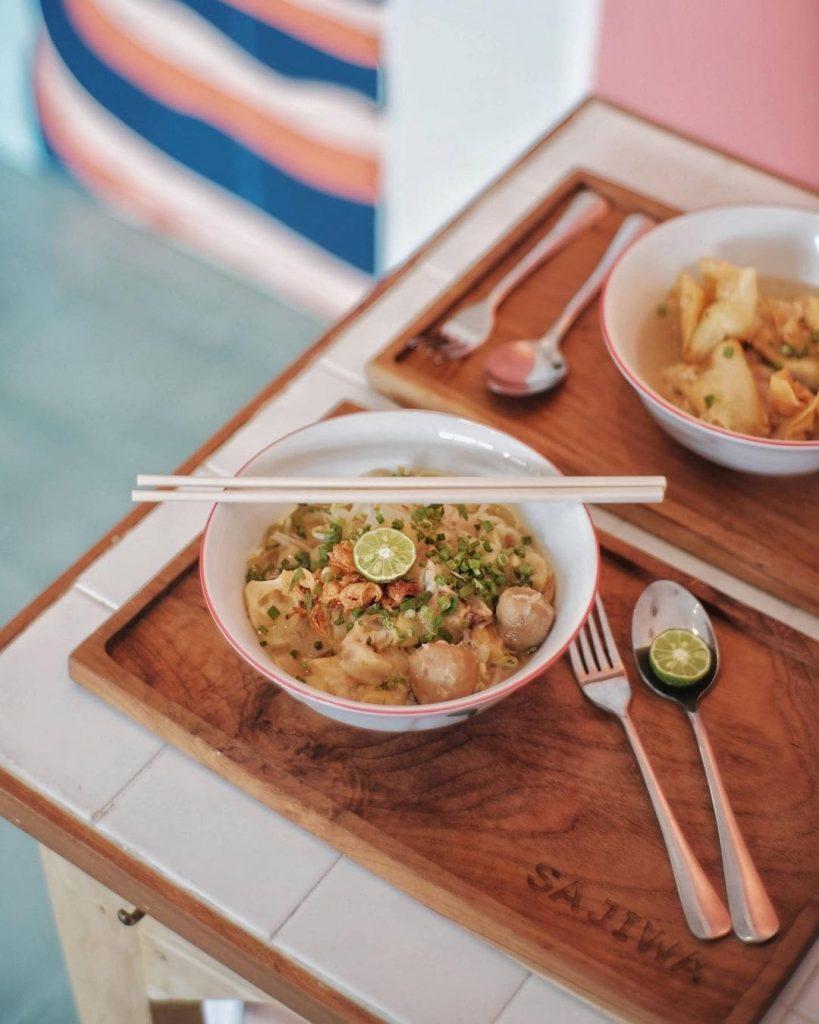 Mie Beat Bandung & Batagor Soup by Sajiwa