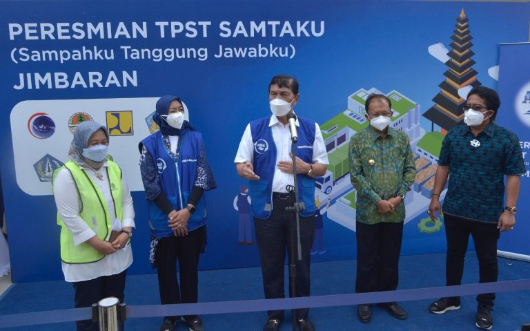 Danone-AQUA launched the largest integrated waste management facility (TPST)