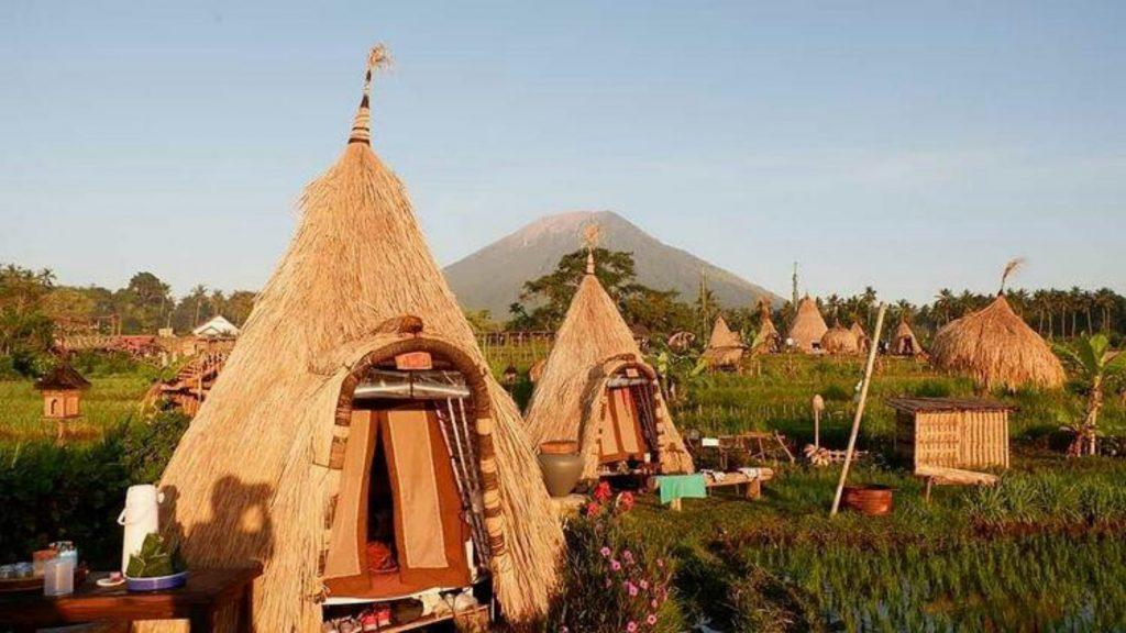 Maha Gangga tents